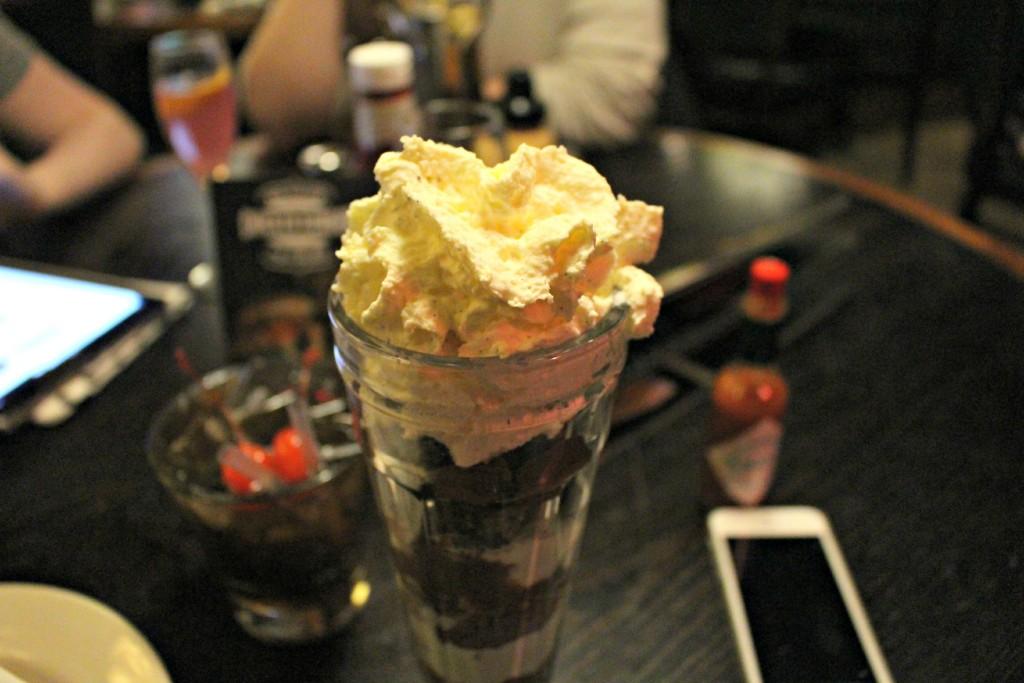 Coast-to-Coast-Birmingham-Ice-Cream-Sundae