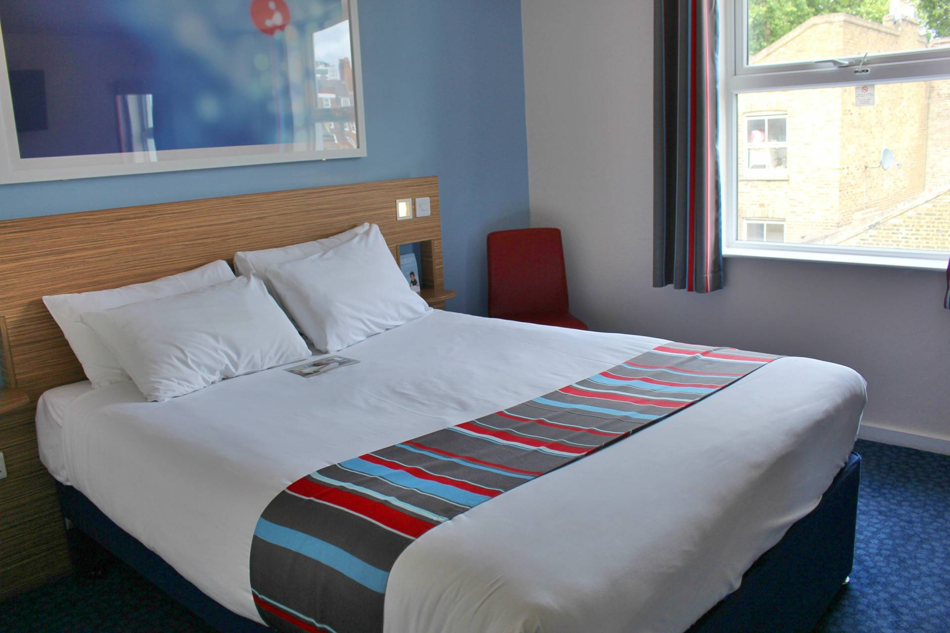 Travel Standard Double Vs Super Room At Travelodge